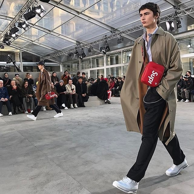 SUPREME_louisvuitton_SHOW_2017AW_09