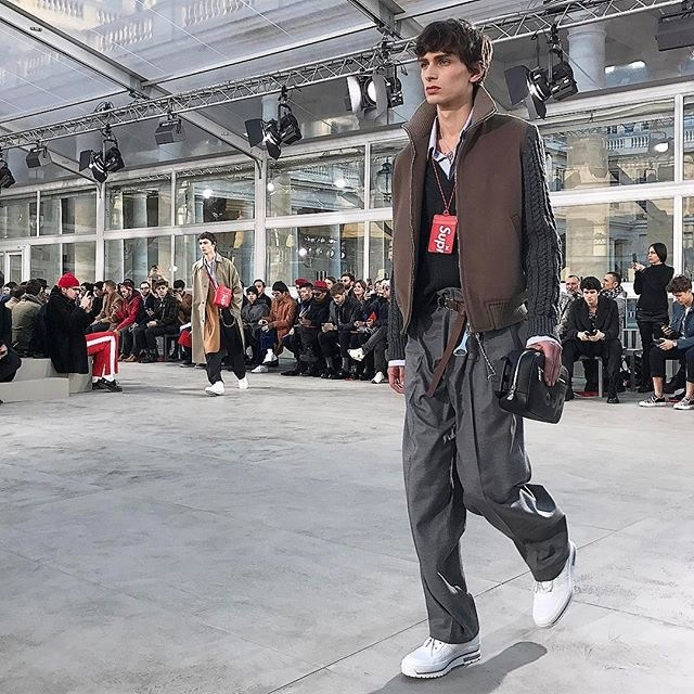 SUPREME_louisvuitton_SHOW_2017AW_10